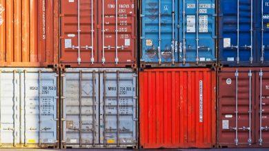 Zablokowane porty w USA mogąnie nadążyć z dostawą przesyłek świątecznych.