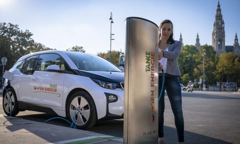 Do 2025 roku w Wiedniu będą kursowały tylko taksówki elektryczne.